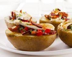 Pomme de terre farcie au bacon et camembert (facile, rapide) - Une recette CuisineAZ