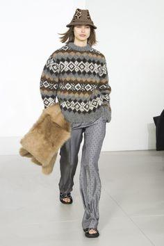 Michael Kors Collection  #VogueRussia #readytowear #rtw #fallwinter2018 #MichaelKorsCollection #VogueCollections