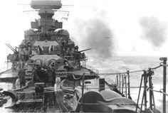 Prinz Eugen at high steam