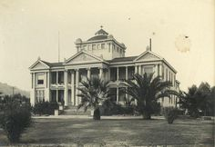 The Academy Building of Occidental College when the school was located in Highland Park. Courtesy of Occidental College Archives and Special Collections.