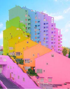🎵 Little houses 🏠 on the hillside 🌈 of the marvelous Rainbow House, Rainbow Art, Rainbow Colors, Rainbow Pastel, Rainbow Aesthetic, Aesthetic Indie, Rainbow Wallpaper, Galaxy Wallpaper, Aesthetic Iphone Wallpaper