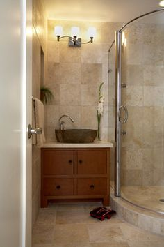 Magnificent Small Bathroom Tile Ideas of Modern Bathroom Design: Amazing Small Bathroom Tile Ideas Of Asian Bathroom With Glass Panel Door B. Asian Bathroom, Beige Bathroom, Bathroom Renos, Basement Bathroom, Bathroom Renovations, Bathroom Ideas, Bathroom Vanities, Tranquil Bathroom, Lake Bathroom