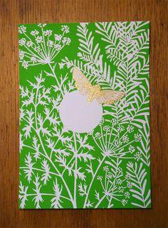 """Carte postale """"Papillon"""" sérigraphiée artisanalement en deux couleurs. Vert et or."""