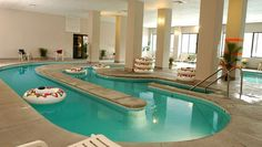Park Tower Inn - This is our favorite hotel in Pigeon Forge.  We love the indoor lazy river.  The weekday rates during the spring are low.  This place is very clean, and the free breakfast is adequate.