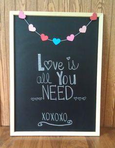 Valentine Chalk Board via www.onehappymommyblog.blogspot.com