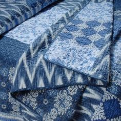 indigo quilts - gorgeous