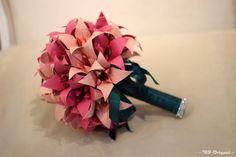 Buquê de origami em lirios, uma bela opção para guardar para sempre , uma lembrança de um momento único em sua vida!