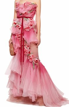 Pink wedding dress - Marchesa Ombre Tiered Silk Organza Gown - Marchesa's stunning gown is crafted from tiers of voluminous silk organza ruffles. Delicate rose appliqués are scattered throughout and the waistline is cinched with a velvet bow belt. Marchesa Fashion, Marchesa Gowns, Pretty Outfits, Pretty Dresses, Beautiful Dresses, Haute Couture Gowns, Fairytale Fashion, Fairy Dress, Mellow Yellow