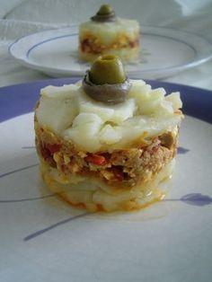 Pastel de patata y atún*