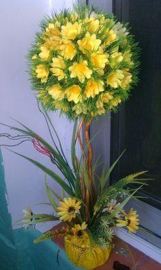 Creative Flower Arrangements, Silk Floral Arrangements, Wedding Arrangements, Faux Flowers, Diy Flowers, Flower Pots, Floral Foam, Arte Floral, Paper Origami Flowers