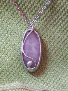 mineral rosin Minerals, Jewelery, Pendant Necklace, Jewels, Jewlery, Jewerly, Jewelry, Gemstones, Mineral
