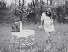 modern maternity session outdoor with tattooed couple by maria hibbs of squaresville studios in dallas texas 09
