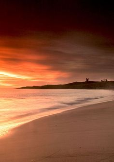 October Morning - Newcastle upon Tyne, Northumberland, UK. Newcastle, Vincent Van Gogh, Dunstanburgh Castle, Northumberland Coast, England And Scotland, Beaches In The World, Belle Photo, Great Britain, Beautiful Beaches