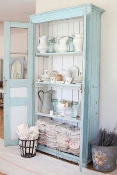 Want to sprinkle your kitchen or living room with a rustic #shabbychicdresserslivingroom #shabbychicdressersblue
