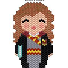 Suite de la série HP avec @coeur__citron . Voici Hermione !  je mets le diagramme sur le blog dans la journée. #kokeshi #coeurcitron #hermione #harrypotter #poudlard #hermionegranger #jenfiledesperlesetjassume #miyuki #diy #handmade #lili_azalee #motifliliazalee #tissageperles #tissage #beading #perlesaddictanonymes #perlesandco