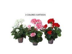 Macetas de Geraneos, de flor artificial, en tres colores surtidos, en maceta de terracota, de 37 cms de altura y 9 cms de diámetro de maceta. Disponible en color surtido.