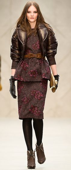BURBERRY PRORSUM  Love the gloves