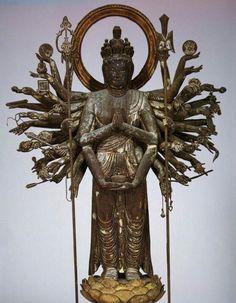 千手観音(広隆寺)☆ Oriental, Lion Sculpture, Spirituality, Buddha Statues, Fantasy, Death, Image, Decoration, Jewelry