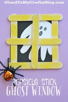 october crafts This Halloween themed Popsicle Stick Ghost Window Kid Craft is not only NOT scary but really EASY too! So come check it out today! Daycare Crafts, Classroom Crafts, Toddler Crafts, Preschool Crafts, Halloween Crafts Kindergarten, Preschool Halloween Crafts, Halloween Activities For Preschoolers, Halloween Crafts For Preschoolers, Adornos Halloween