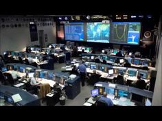 Johnson Space Center in Houston is the NASA's center for human spaceflight training, research, and flight control. AKA, all the cool stuff. Houston Space Center, Johnson Space Center, Cosmos, Sistema Solar, Centre Spatial, Programme Apollo, Nails Short, Nasa Missions, Moon Missions