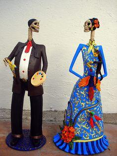 Frida Kahlo and Diego Rivera...the art couple!! by el_catrinero, via Flickr