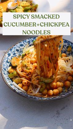 Veggie Recipes, Asian Recipes, Whole Food Recipes, Cooking Recipes, Vegetarian Dinners, Vegetarian Recipes, Healthy Recipes, Noodle Dish, Le Diner