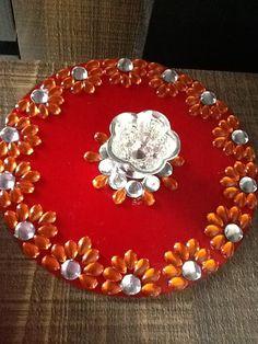 My made... Thali Decoration Ideas, Diy Diwali Decorations, Garden Wedding Decorations, Festival Decorations, Diwali Diy, Diwali Craft, Old Cd Crafts, Diy And Crafts, Acrylic Rangoli