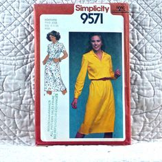 9571 SIMPLICITY Uncut PATTERN 1980 Women Pullover Slim Knit Dress Front Slash Loop Button Elastic Waist Long Short Sleeves Size 18 20 3-oz