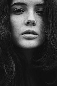 Olwen (by Rebecca Naen (rlnaen))