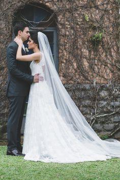 Casamento de dia elegante! www.guianoivaonline.com.br #guianoiva #noiva #casamento #casamentodedia Fotografia: Vitor Barboni   Filmagem: Ceano Filmes