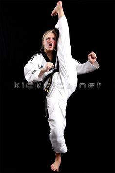 Tracy Chase Martial Arts Styles, Martial Arts Women, Mixed Martial Arts, Karate, Taekwondo Girl, Sports Stars, Judo, Fashion Art, Athlete