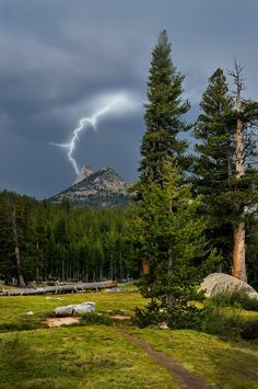 Cathedral Peak Lightning - Yosemite National park by Darvin Atkeson Yosemite National Park, National Parks, Beautiful World, Beautiful Places, Lightning Photography, Ciel, Nature Pictures, Amazing Nature, The Great Outdoors