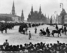 Красная площадь: вербный рынок и праздничное катание 1910 года.