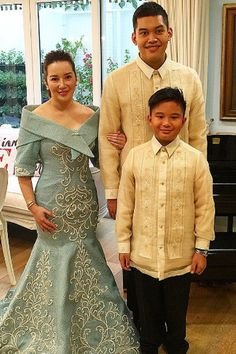 Philippines Dress, Modern Filipiniana Dress, Barong Tagalog, Filipino Wedding, Bespoke Shirts, Maria Clara, Designer Wear, Princesses, African Fashion