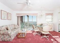 San Marco 611 Venice (Florida) Located 26 km from Sarasota and 20 km from Siesta Key, San Marco 611 offers accommodation in Venice Beach. The air-conditioned unit is 39 km from Longboat Key. Free private parking is available on site.