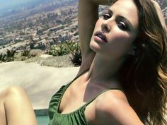 Hottest Josie Maran   Photos of Josie Maran, one of the hottest girls in movies and TV.