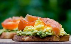 avocado scrambled eggs and smoked salmon on toast.
