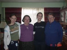 pic 79.  Emily on the left and Annalise 3rd from the left, are sisters and Hannelies's Grandchildren  by her son Mike.  Chermin is 2nd from the left and of course Hannelies is on the right. Hannelies's Living Room. March 2004  Her Age: 76