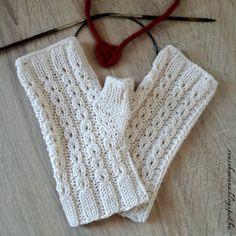 Zsuzska Vára : Kötött kesztyű