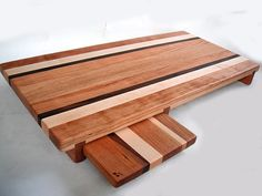 Google Image Result for http://www.alternativeconsumer.com/wp-content/uploads/2012/10_11/reclaimedwoodcuttingboard1.jpg
