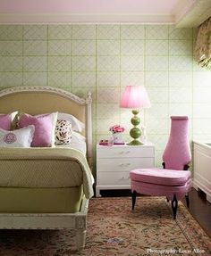 pink ceiling;  wallpaper; beautifully designed room