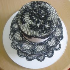 Black lace Spanish style wedding cake
