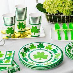 Pour soirée Saint patrick inoubliable, oubliez la corvée de vaisselle, équipez vous de vaisselle jetable, gobelet assiette, couverts ... et profitez à fond du 17 Mars !