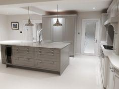 Kitchen with Carrara Bianco Quartz worktops