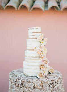 La Tavola Fine Linen Rental: Venice Lace White | Planning & Design: Jill & Co. Events, Photography: Kristen Beinke Photography, Floral & Design: Camellia Foral Design