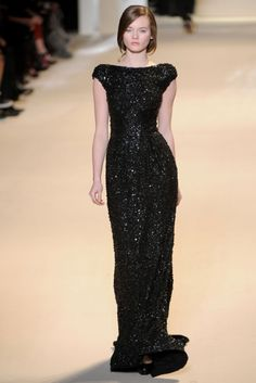 Elie Saab....my heart just skipped a beat right now ... <3