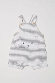Cotton Bib Overall Shorts - White/gray striped - Kids Fashion Kids, Baby Boy Fashion, Fashion Clothes, Fashion Shoes, Fashion Accessories, Cheap Fashion, Fall Fashion, Fashion Tights, Fashion Trends