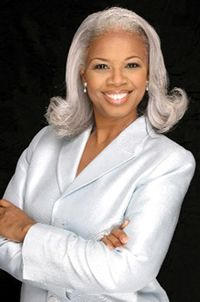 White outfit and silver hair! Bishop Millicent Hunter from Pictures of beautiful gray hair - Page 3 - Long Hair Care Forum Silver Grey Hair, White Hair, Gray Hair, Silver Haired Beauties, Short Hair Styles, Natural Hair Styles, Grey Wig, Pelo Afro, Ageless Beauty