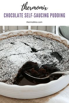 A rich Thermomix Chocolate Self-Saucing Pudding that will satisfy even the biggest of chocoholics! This is one of the best winter desserts ever! Delicious Desserts, Dessert Recipes, Dessert Bars, Healthy Desserts, Self Saucing Pudding, Bellini Recipe, Healthy Sweet Snacks, Sweet Treats, Snacks Under 100 Calories