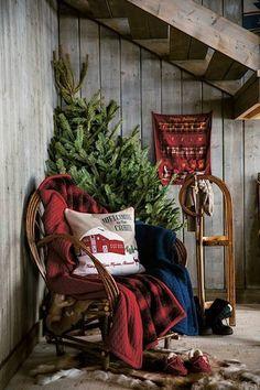 welcome to a cabin Christmas! Cabin Christmas, Primitive Christmas, Little Christmas, Country Christmas, All Things Christmas, Winter Christmas, Woodland Christmas, Xmas, Merry Christmas